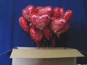 Luftballons Versand Liebesgrüße