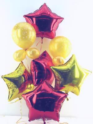 Weihnachtsdekoration mit Luftballons