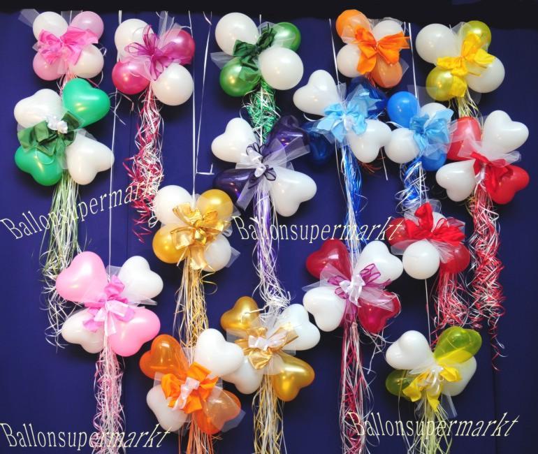 Zur Hochzeit dekoriert man Luftballons in Herzform